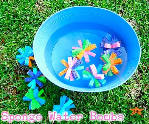 Summer activities for kids: Sponge water bombs