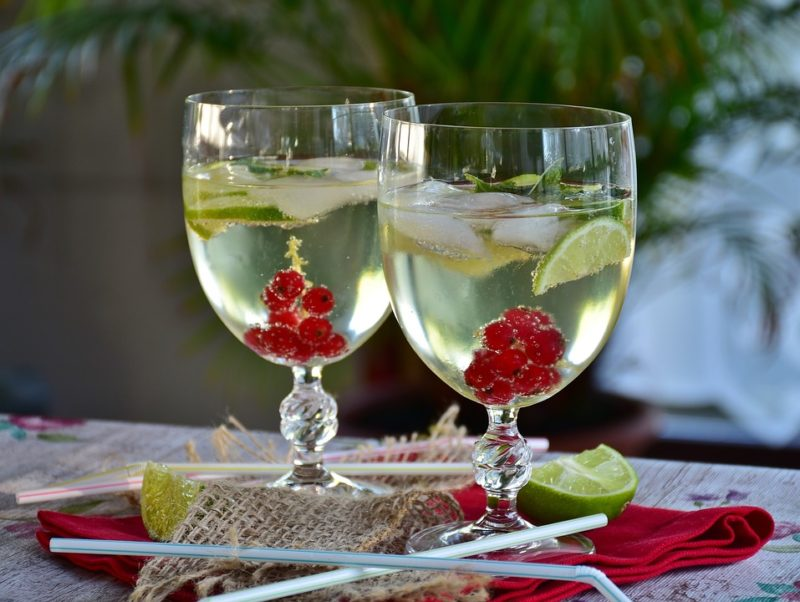 Ways to stay cool: Summer cocktails